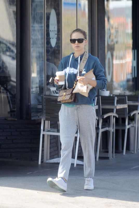 NATALIE PORTMAN Out for Coffee in Los Angeles 05/09/2018
