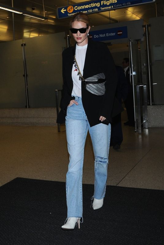 ROSIE HUNTINGTON-WHITELEY at Los Angeles International Airport 05/11/2018