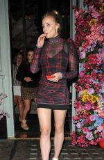 SOPHIE TURNER Leaves Sexy Fish Restaurant in London 05/26/2018
