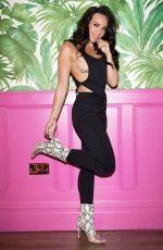 STEPHANIE DAVIS at JYY London 2018 Collection