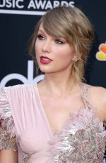 TAYLOR SWIFT at Billboard Music Awards in Las Vegas 05/20/2018