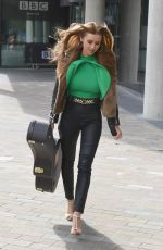 UNA HEALY Leaves BBC Breakfast Studio in Manchester 05/10/2018