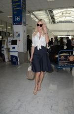 VICTORIA SILVSTEDT at Nice Airport 05/09/2018