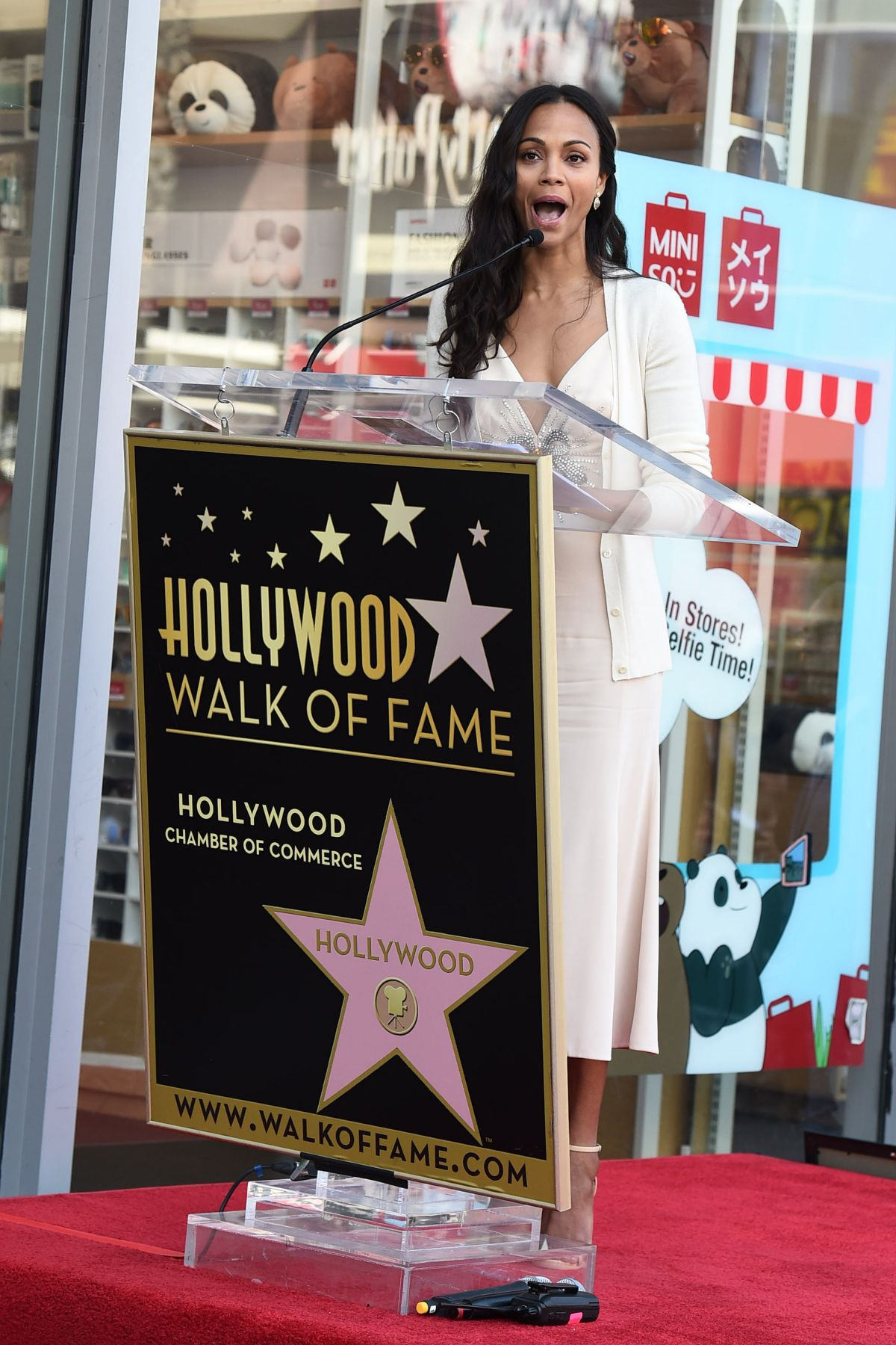 zoe saldana honored with star on the hollywood walk of fame in los angeles 05 03 2018 hawtcelebs. Black Bedroom Furniture Sets. Home Design Ideas