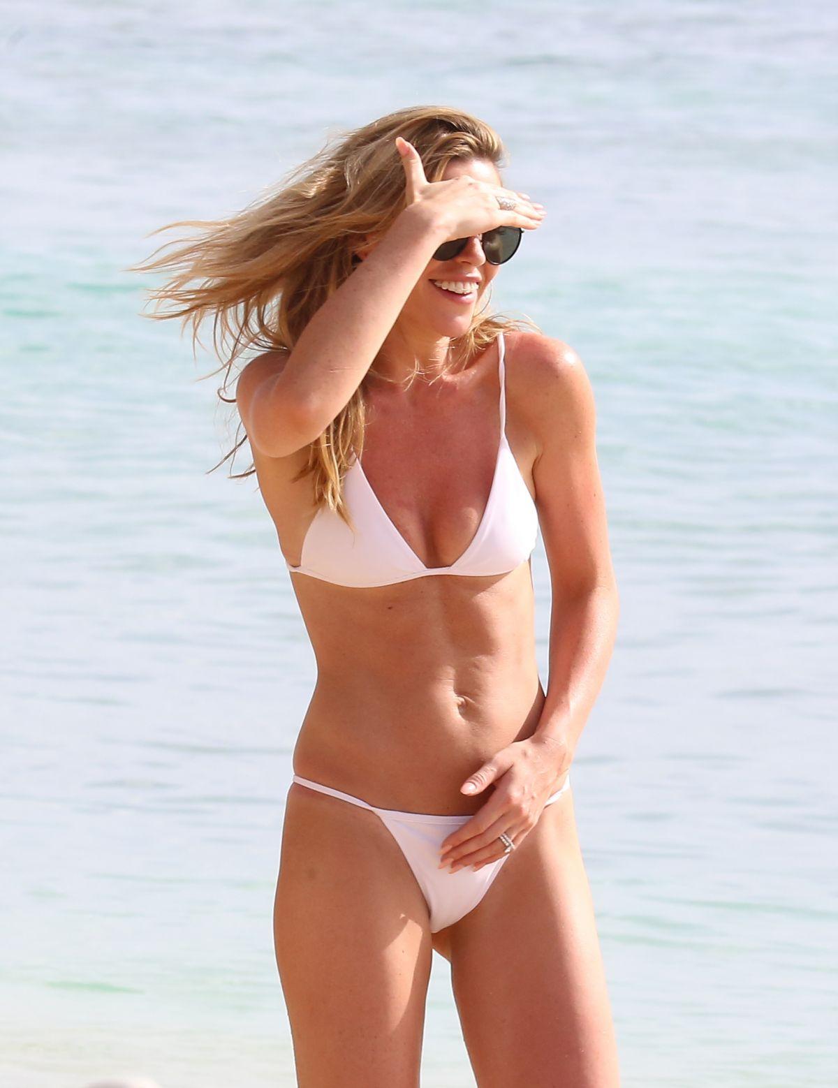 Bikini Abbey Clancy nude photos 2019