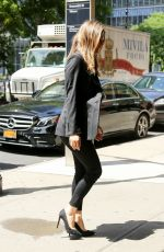 ALICIA SILVERSTONE Arrives at Her Hotel in New York 06/11/2018