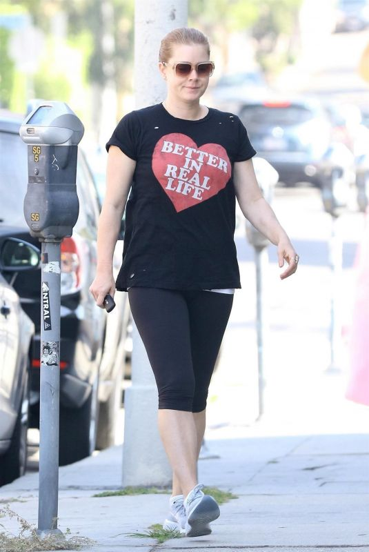 AMY ADAMS Heading to a Gym in Los Angeles 06/04/2018
