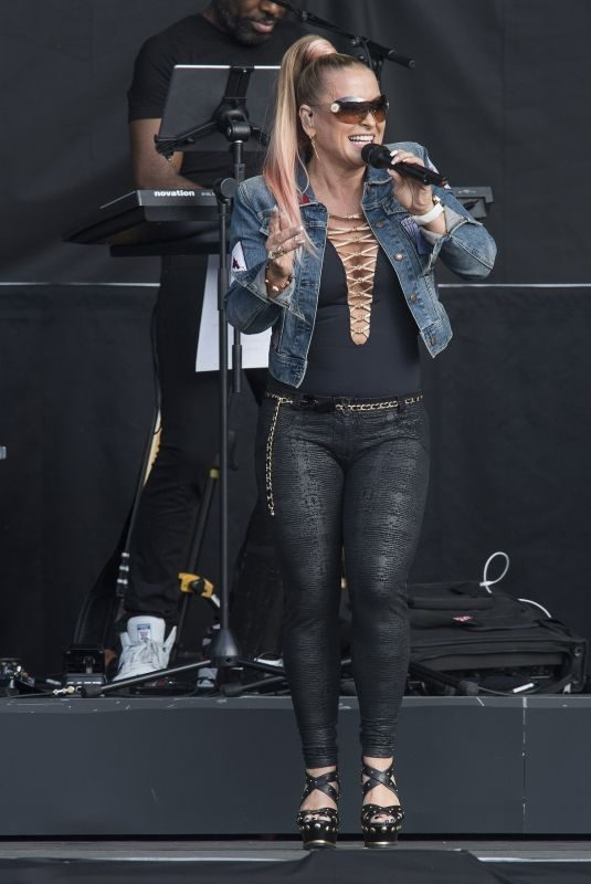 ANASTACIA Opens for Lionel Richie at Franklin's Gardens in Northampton 06/01/2018