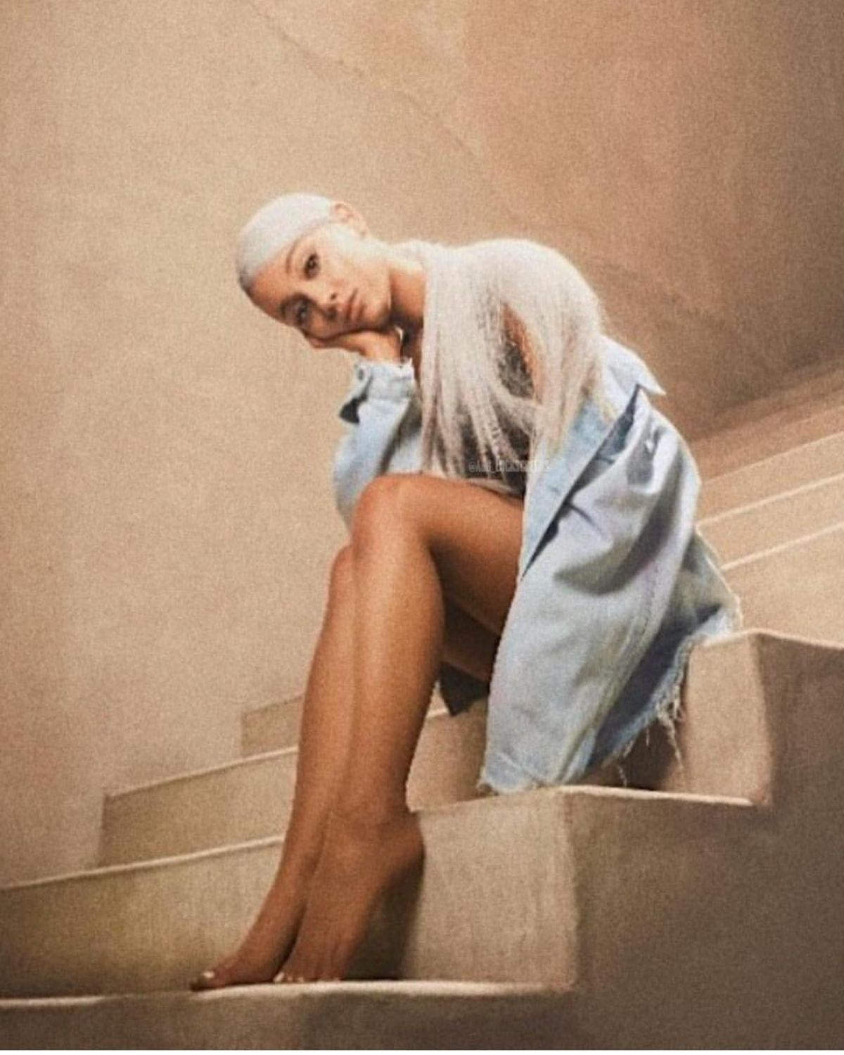 ariana grande sweetener - photo #2