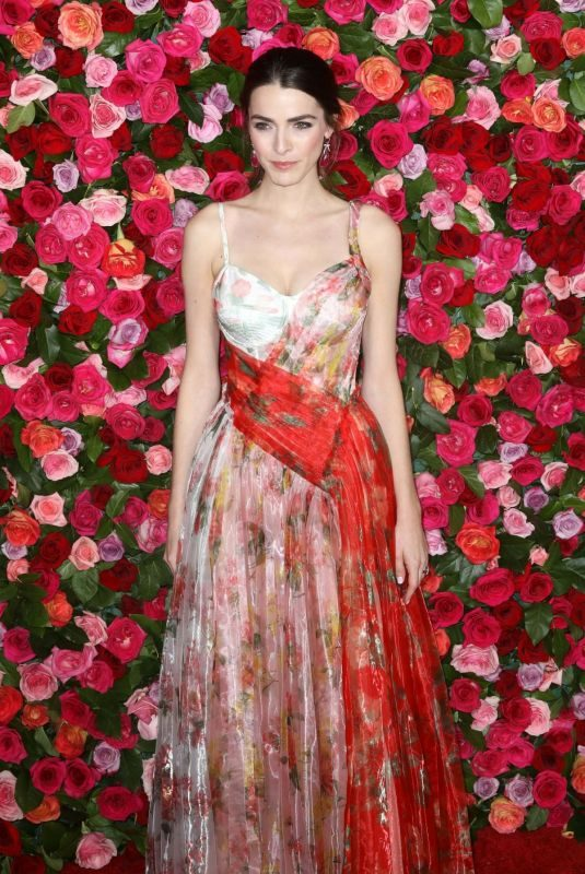 BEE SHAFFER at 2018 Tony Awards in New York 06/10/2018