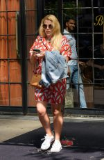 BUSY PHILIPPS Out for Lunch in New York 06/11/2018