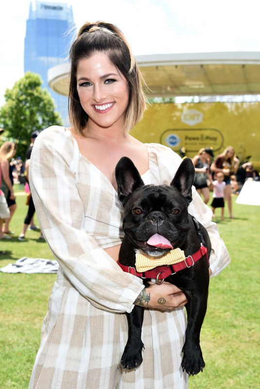 CASSADEE POPE at CMT and Pedigree