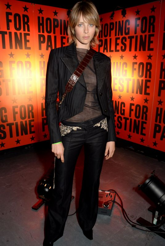 EDIE CAMPBELL at Hoping for Palestine 2018 in London 06/04/2018