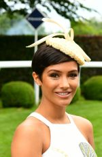 FRANKIE BRIDGE at Investec Derby Festival Ladies Day at Epsom Racecourse 06/01/2018