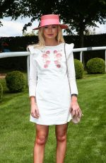 GEORGIA TOFFOLO at Investec Derby Festival Ladies Day at Epsom Racecourse 06/01/2018