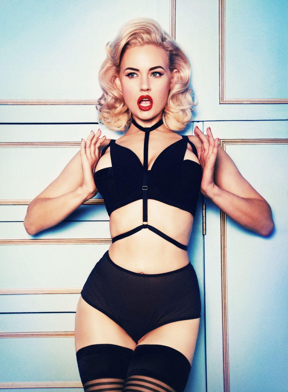 2019 Gia Genevieve nudes (45 foto and video), Sexy, Paparazzi, Instagram, legs 2006