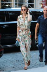 GIGI HADID Arrives at Her Apartment in New York 06/19/2018