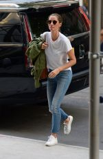GISELE BUNDCHEN Arrivies at Her Home in New York 06/26/2018