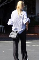 IZABELLA SCOURUPCO Out for Lunch in Los Angeles 06/23/2018