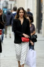 JESSICA ALBA Shopping at Robert Clergery and Roger Gallet in Paris 06/12/2018