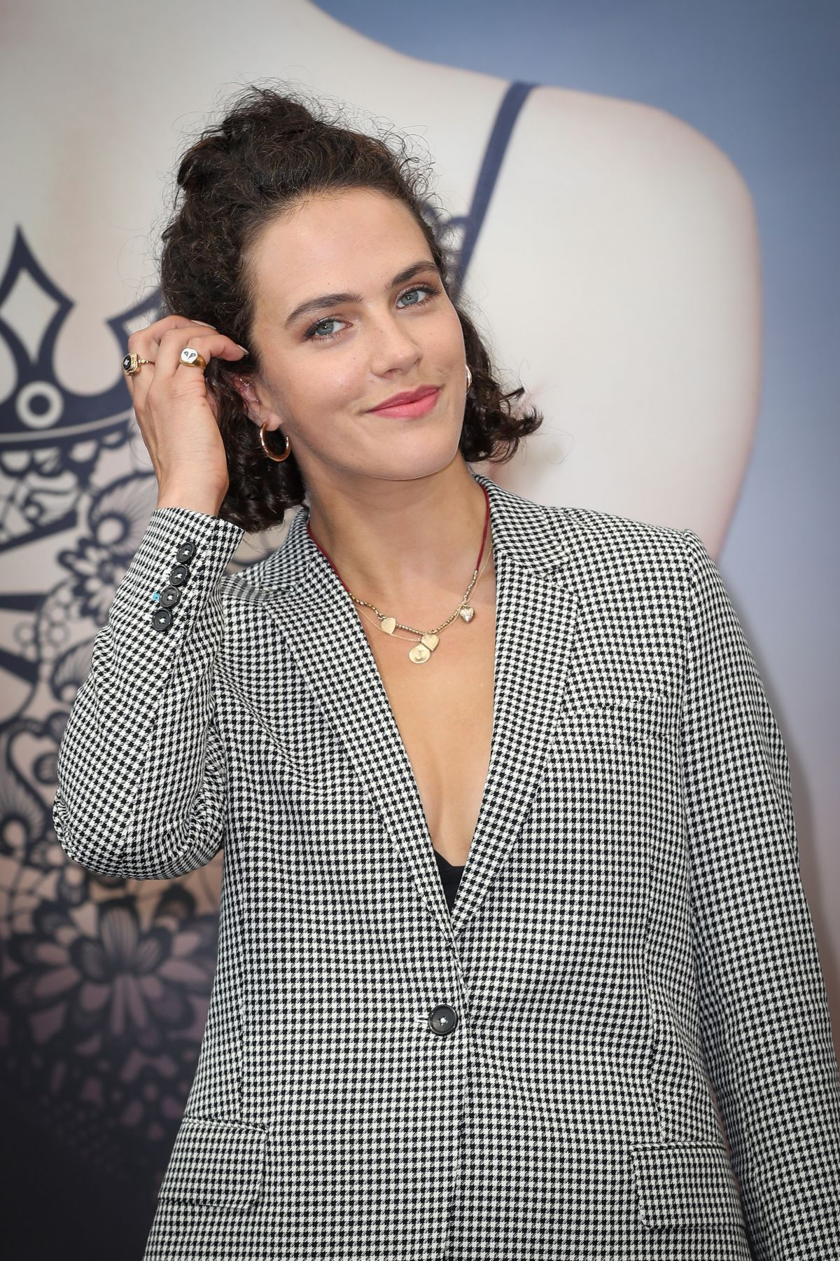 picture Jessica brown findlay 58th monte carlo television festival closing ceremony 6