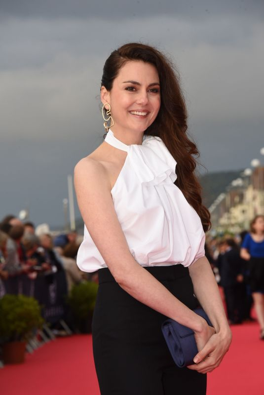 JULIA FAURE at 2018 Cabourg Film Festival Closing Ceremony 06/16/2018