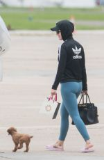 KATY PERRY Boarding of a Private Jet at Bourget