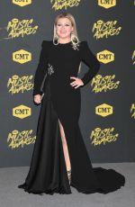 KELLY CLARKSON at CMT Music Awards 2018 in Nashville 06/06/2018