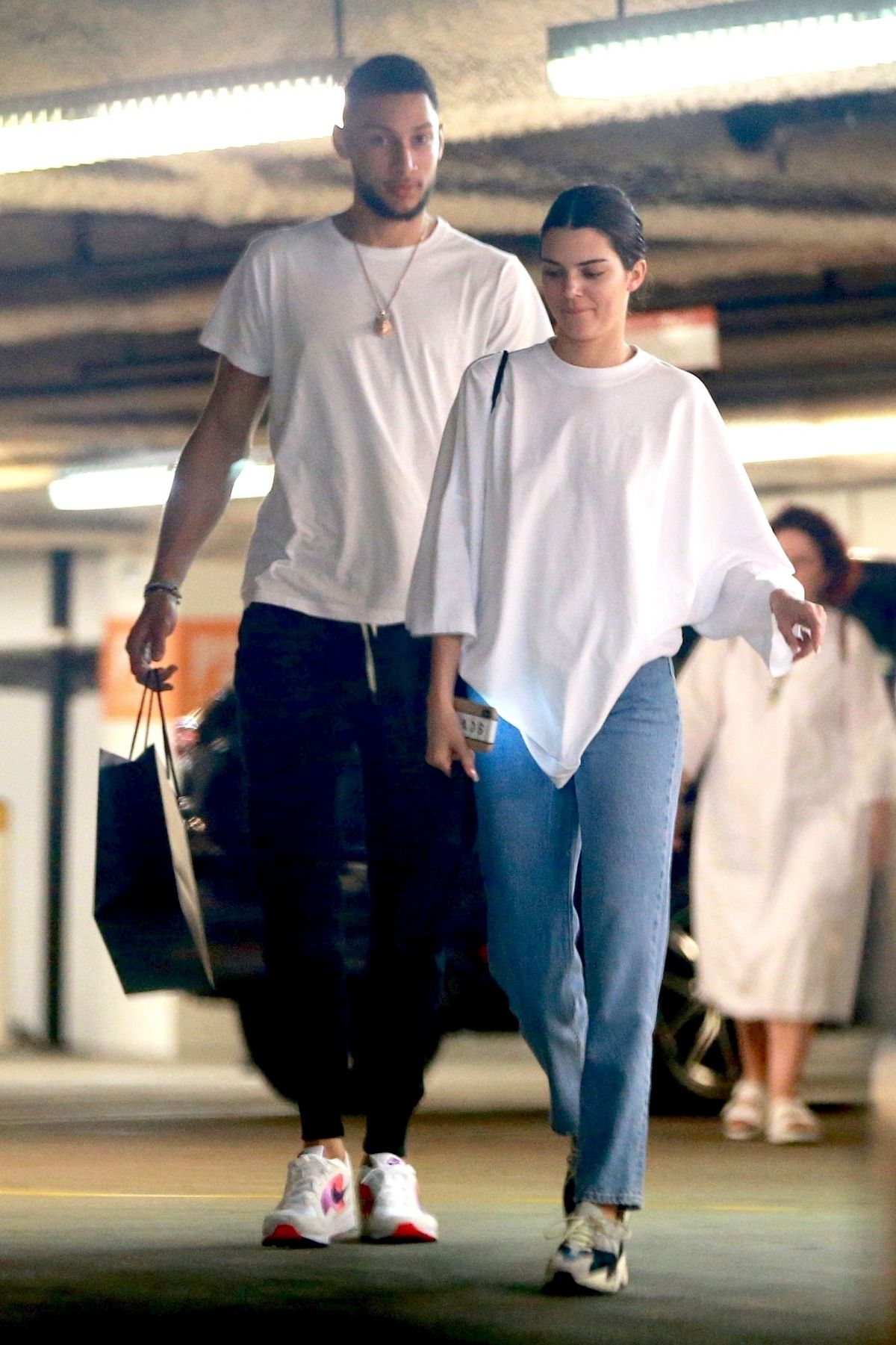Kendall Jenner And Ben Simmons Shopping At Barney S New