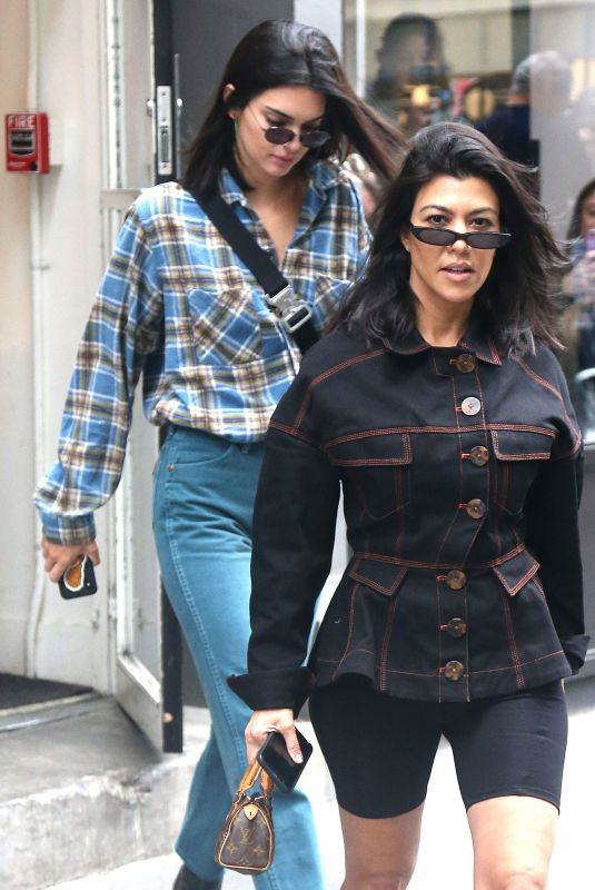 KENDALL JENNER and KOURTNEY KARDASHIAN Out in New York 06/05/2018