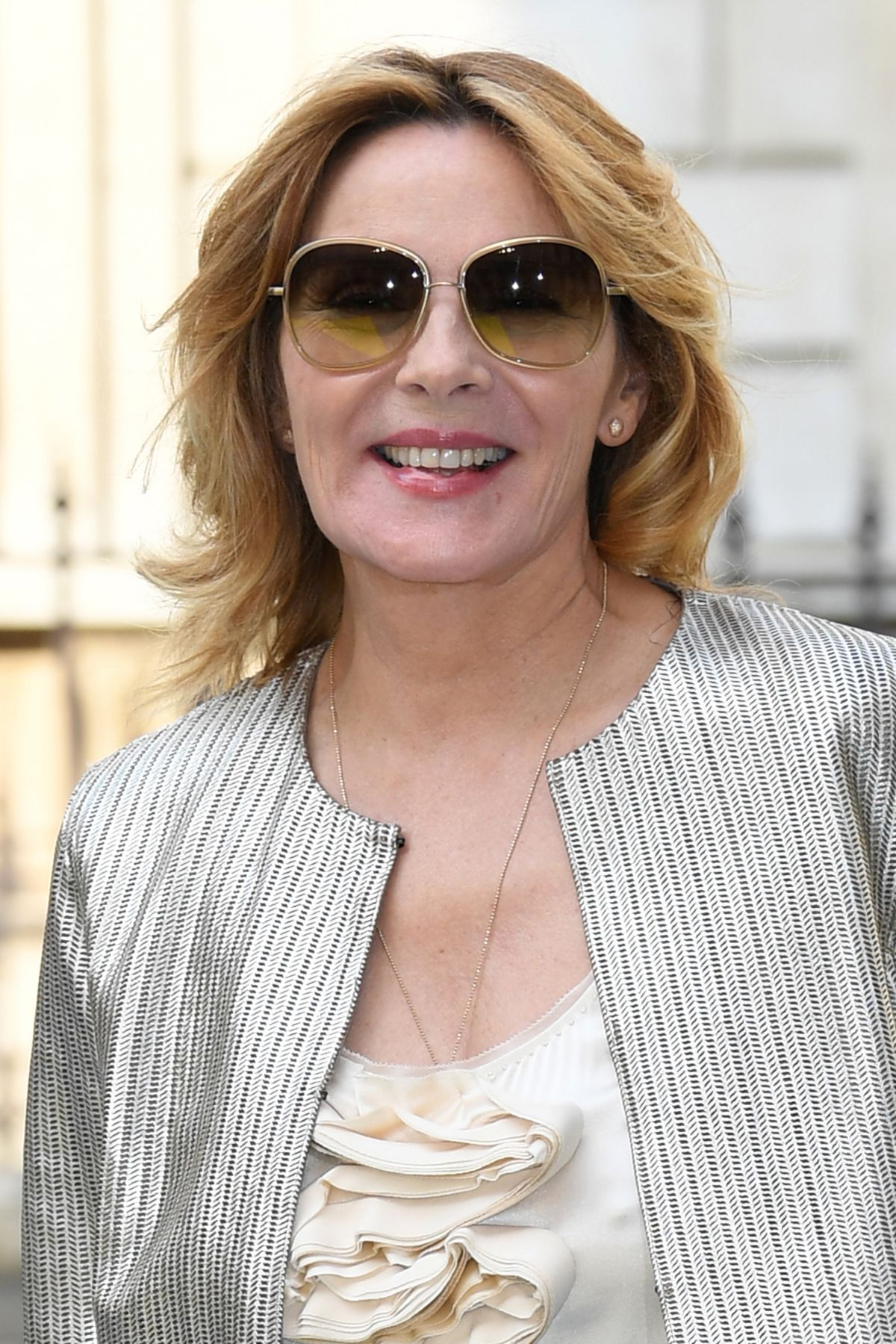 KIM CATTRALL at Royal Academy of Arts Summer Exhibition ...