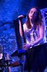 LAUREN MAYBERRY Performs at House of Vans in London 05/25/2018