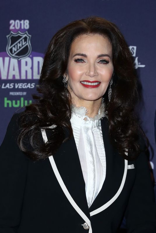 LYNDA CARTER at 2018 NHL Awards in Las Vegas 06/20/2018