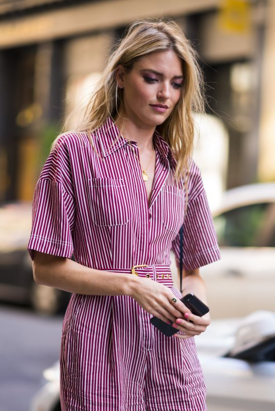 martha-hunt-out-and-about-in-new-york-06