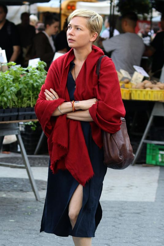 MICHELLE WILLIAMS on the Set of After the Wedding in New York 06/04/2018