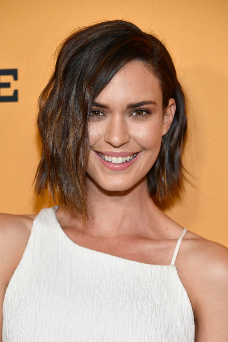 Watch Odette Annable video
