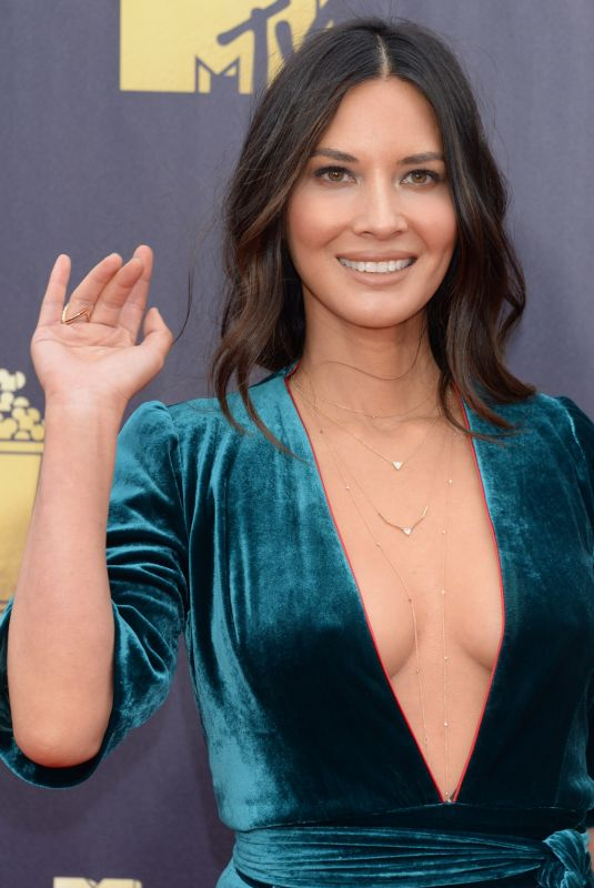 OLIVIA MUNN at 2018 MTV Movie and TV Awards in Santa Monica 06/16/2018