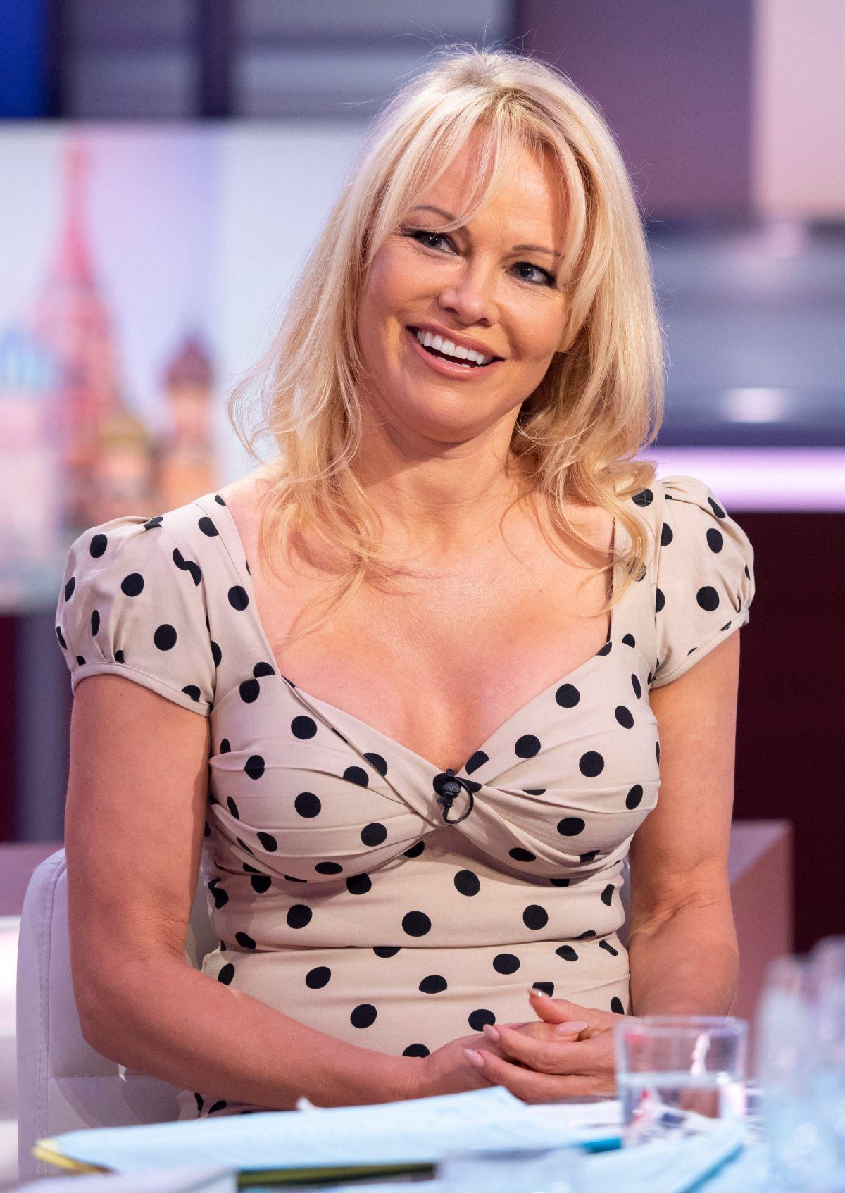 28. Pamela Anderson 28. Pamela Anderson new pics