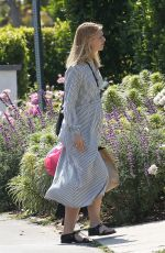 Pregnant CLAIRE DANES Arrives at Her Home in Los Angeles 06/07/2018