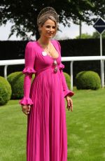 Pregnant VOGUE WILLIAMS at Investec Derby Festival Ladies Day at Epsom Racecourse 06/01/2018