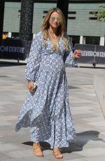 Pregnant VOGUE WILLIAMS Leaves ITV Studios in London 06/26/2018
