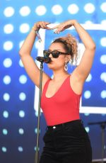 RAYE Performs at Parklife Festival at Heaton Park in Manchester 06/10/2018