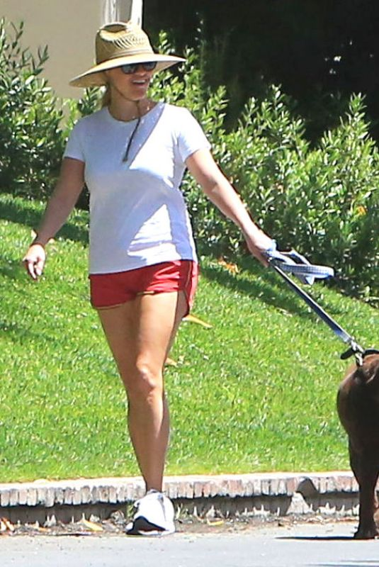 REESE WITHERSPOON Out with Her Dog in Beverly Hills 06/09/2018