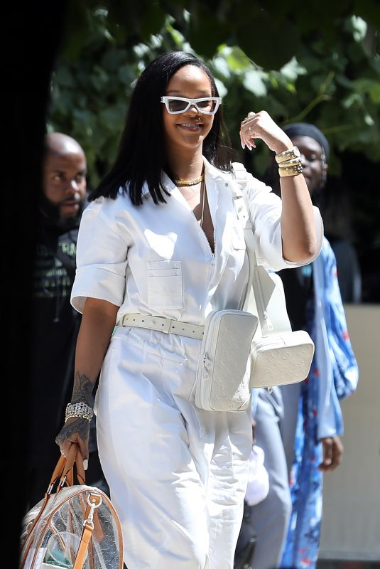 RIHANNA Out and About in Paris 06/21/2018
