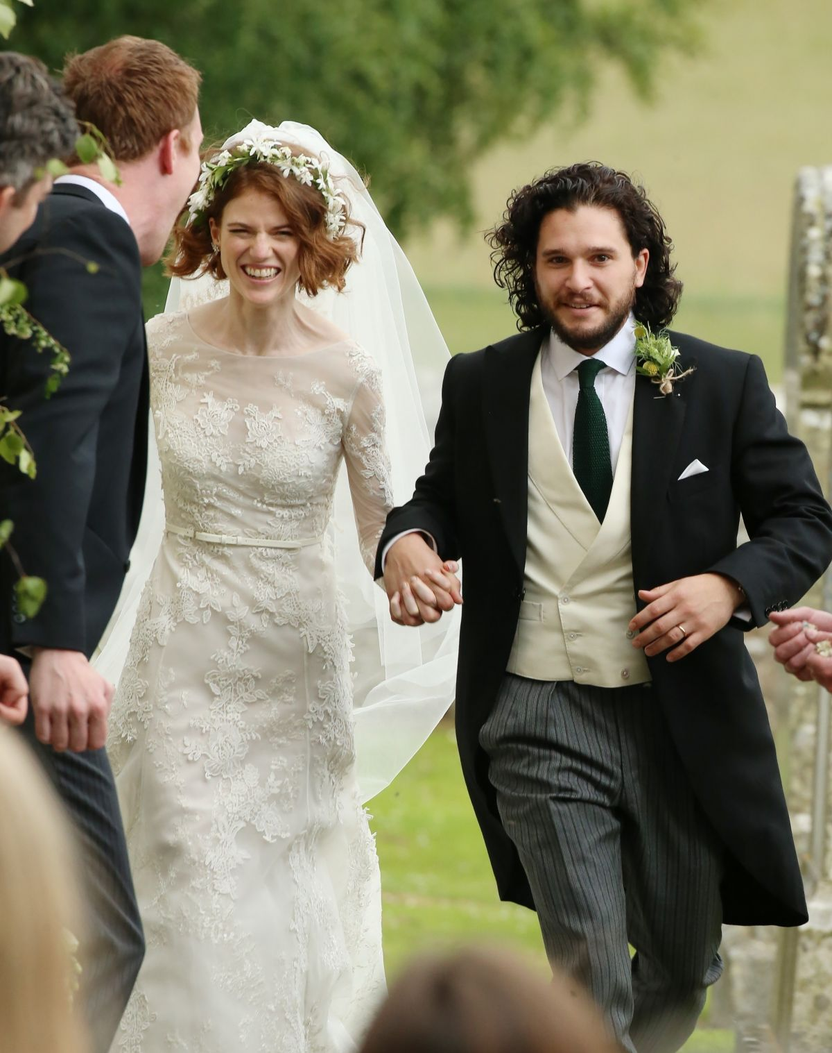 Rose Leslie At Her Wedding With Kit Harington In Scotland 06 23 2018