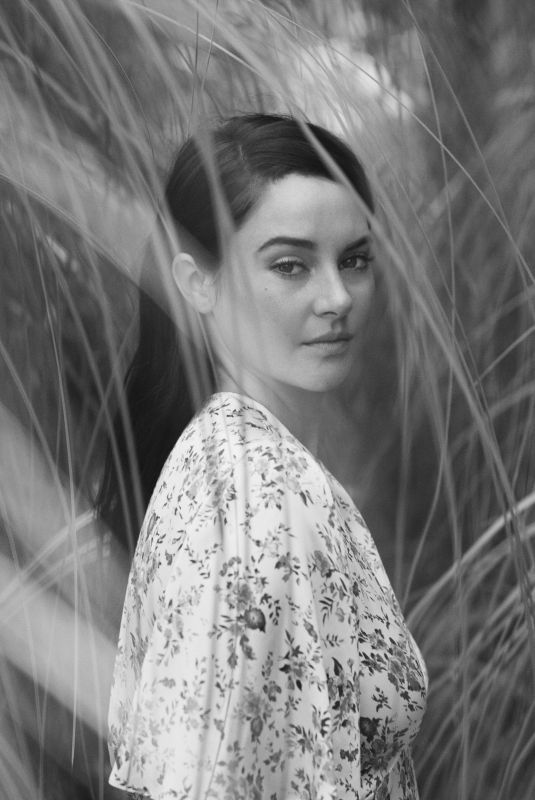SHAILENE WOODLEY for The Edit by net-a-porter, June 2018