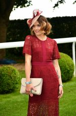 VICTORIA PENDLETON at Investec Derby Festival Ladies Day at Epsom Racecourse 06/01/2018