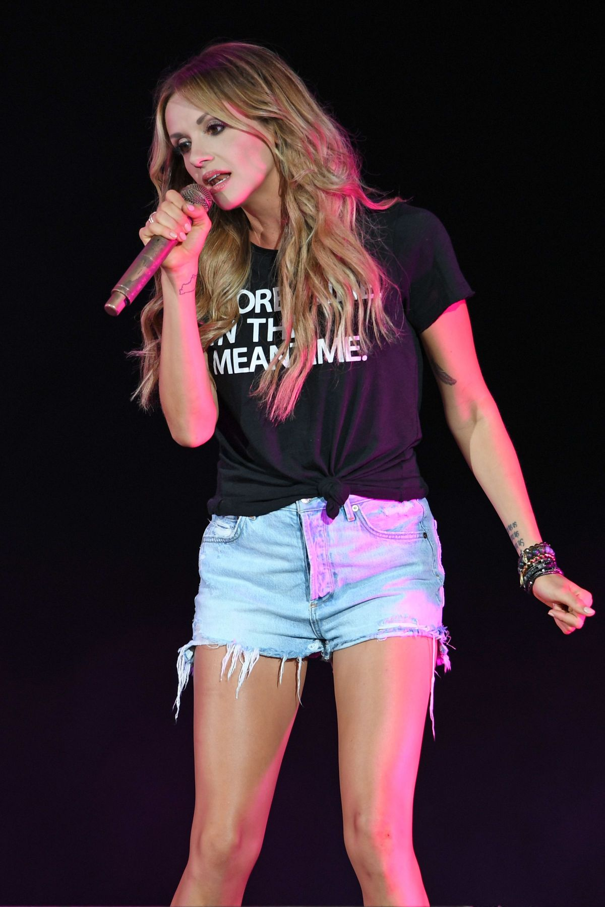 Carly Pearce Performs At Coral Sky Amphitheatre In West