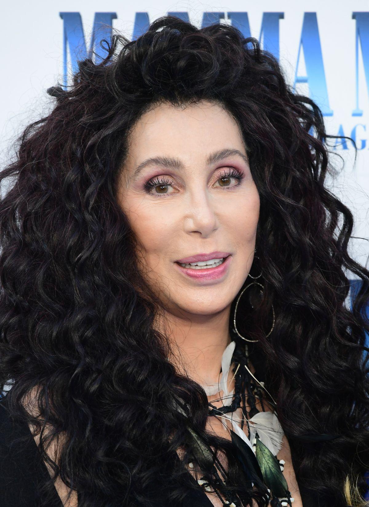 Cher At Mamma Mia Here We Go Again Premiere In London 07