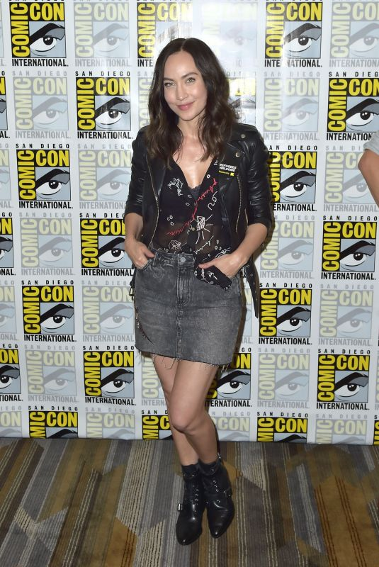 COURTNEY FORD at Legends of Tomorrow Photocall at Comic-con in San Diego 07/21/2018